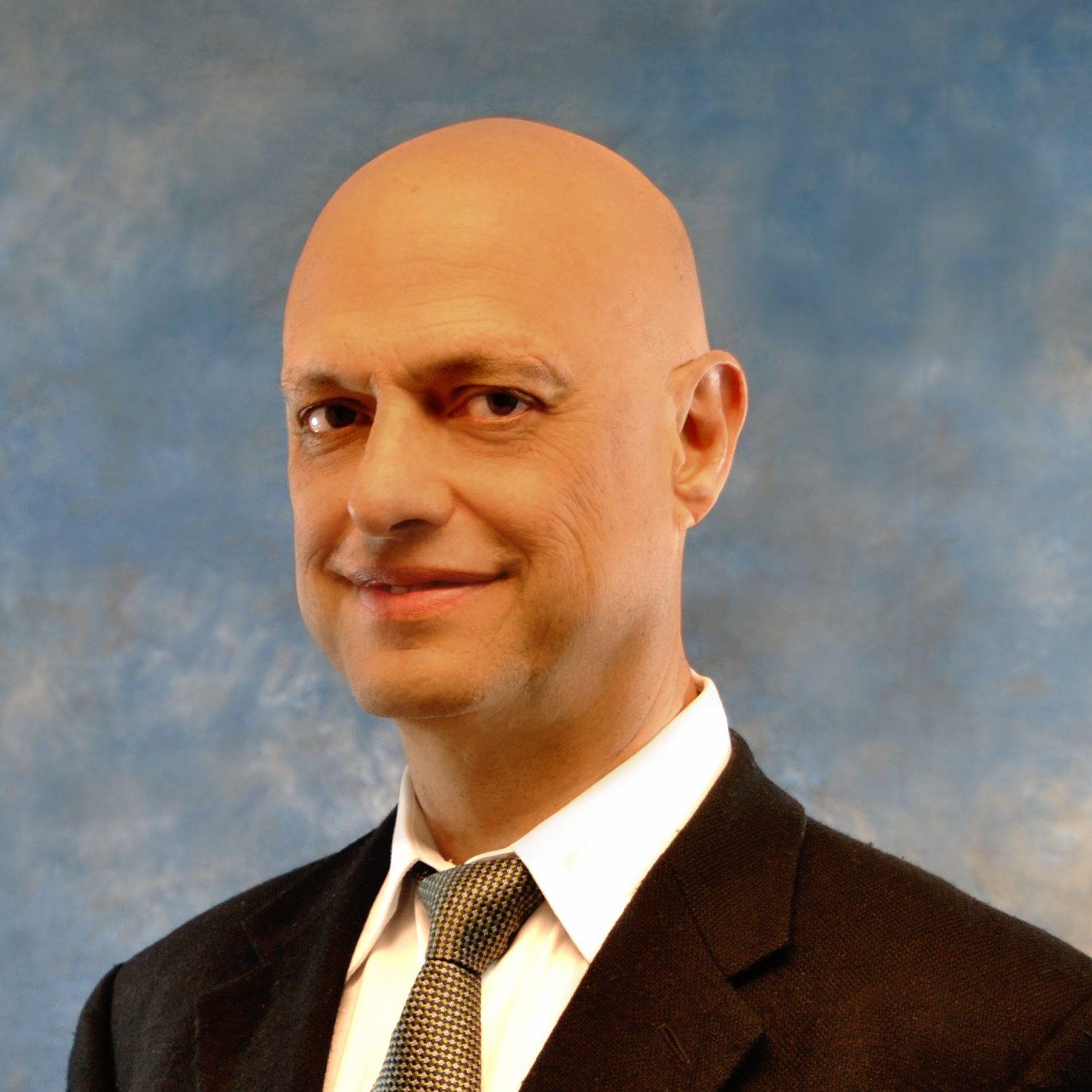 Dr. Santos Soberon